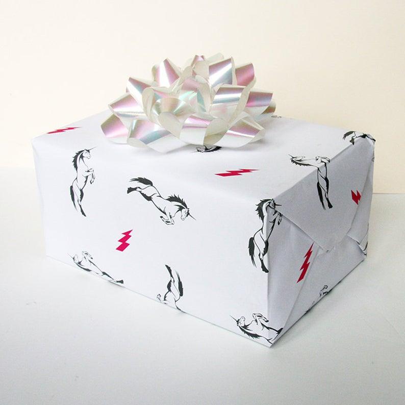 Minimalistic unicorn wrapping paper