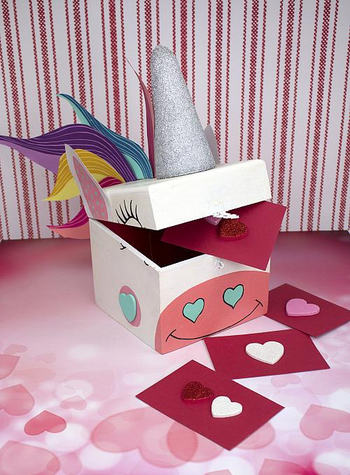 Unicorn style gift box